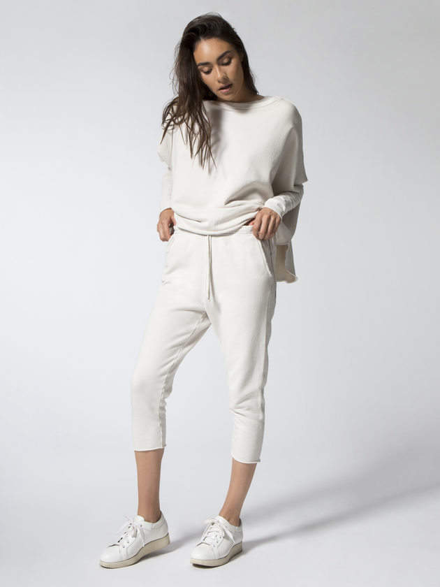 What to wear when you work from home: FRANK & EILEEN Cropped Sweatpant with Raw Hem #vibealchemist