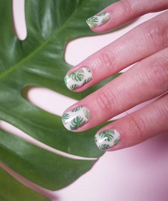 Plantspiration - for plant lovers: Featuring this Monstera Deliciosa Nail Decals by KimsNailedIt on #VibeAlchemist www.vibealchemist.com #monstera