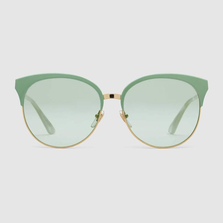 Bold Sunglasses: Gucci - Specialized fit round-frame metal sunglasses. #sunglasses #Gucci #boldsunglasses #green
